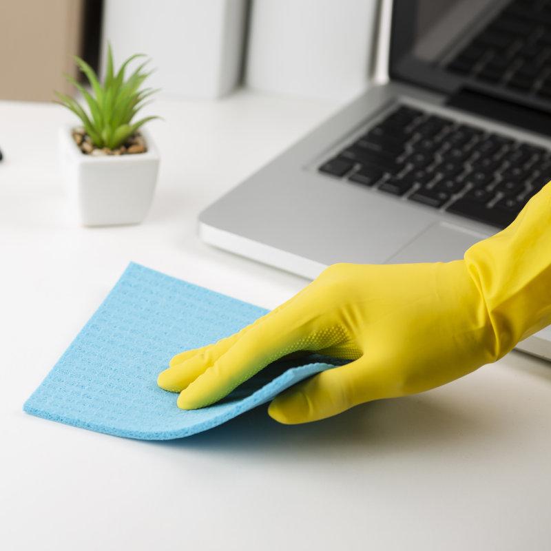limpeza simples em escritórios