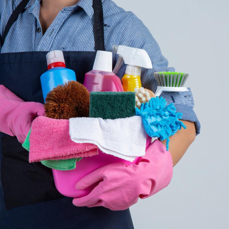 Mão de obra de limpeza terceirizada